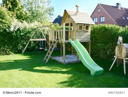 kinderspielplatz im eigenen garten anlegen